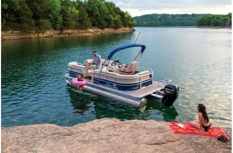 2019 Sun Tracker boat for sale, model of the boat is PARTY BARGE 22 w/ Mercury 115Hp 4S & Image # 20 of 22