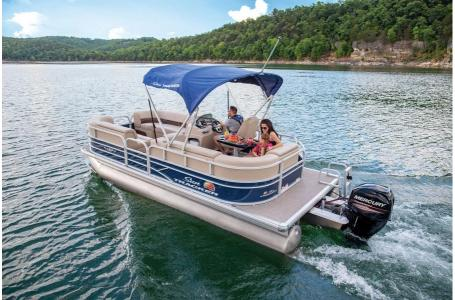 2019 Sun Tracker boat for sale, model of the boat is PARTY BARGE 22 w/ Mercury 115Hp 4S & Image # 4 of 22