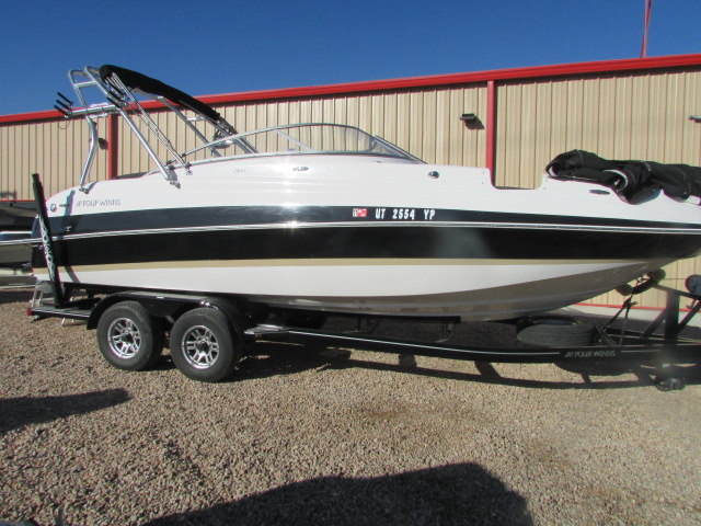 2014 FOUR WINNS 244 FUNSHIP for sale
