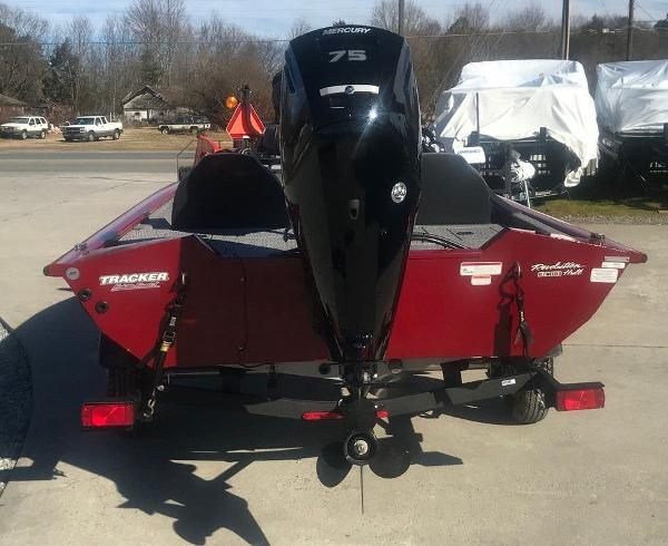2021 Tracker Boats boat for sale, model of the boat is Pro Team 175 TXW® & Image # 2 of 12