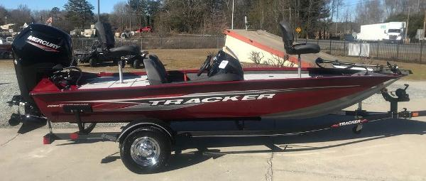 2021 Tracker Boats boat for sale, model of the boat is Pro Team 175 TXW® & Image # 3 of 12