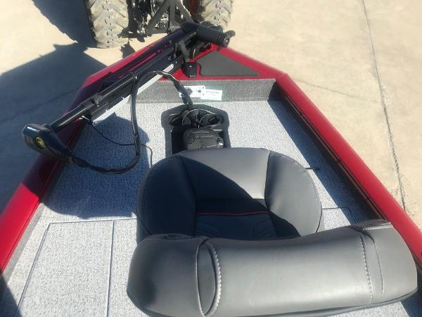 2021 Tracker Boats boat for sale, model of the boat is Pro Team 175 TXW® & Image # 9 of 12