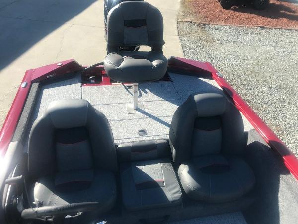 2021 Tracker Boats boat for sale, model of the boat is Pro Team 175 TXW® & Image # 12 of 12