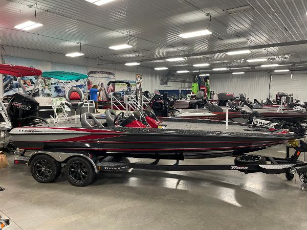 2020 Triton boat for sale, model of the boat is 21 TRXS & Image # 2 of 12