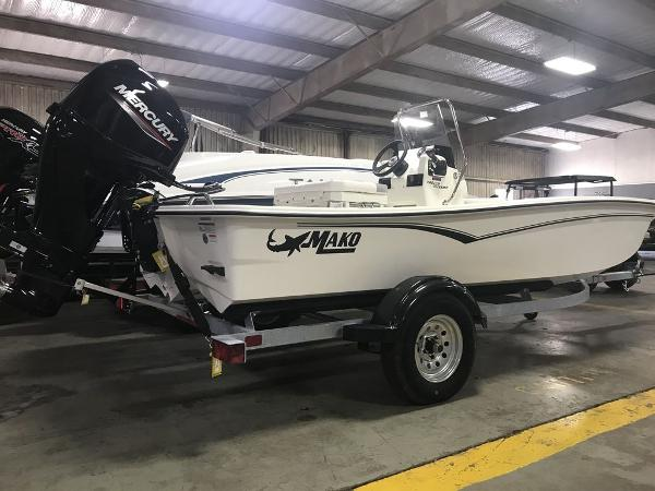 2021 Mako boat for sale, model of the boat is 15CC & Image # 1 of 6