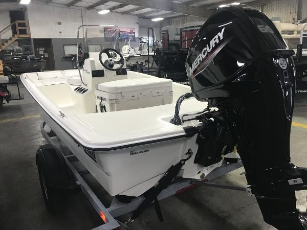 2021 Mako boat for sale, model of the boat is 15CC & Image # 4 of 6