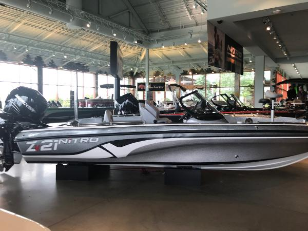 2019 Nitro boat for sale, model of the boat is ZV21 Pro & Image # 1 of 13