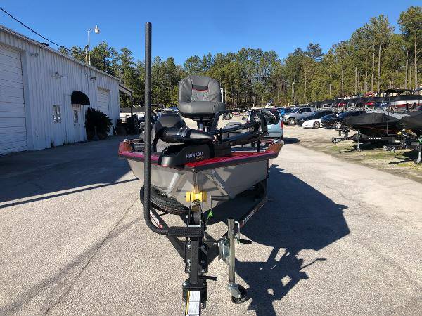 2021 Tracker Boats boat for sale, model of the boat is Pro Team 190 TX Tournament Ed. & Image # 6 of 31