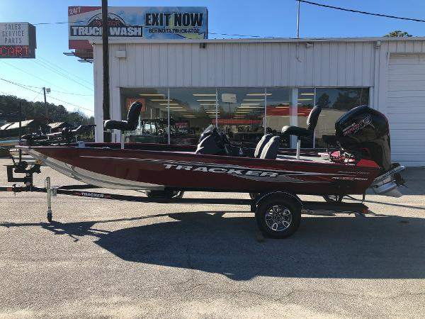 2021 Tracker Boats boat for sale, model of the boat is Pro Team 190 TX Tournament Ed. & Image # 7 of 31