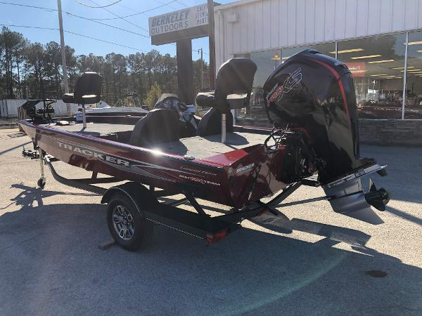 2021 Tracker Boats boat for sale, model of the boat is Pro Team 190 TX Tournament Ed. & Image # 8 of 31
