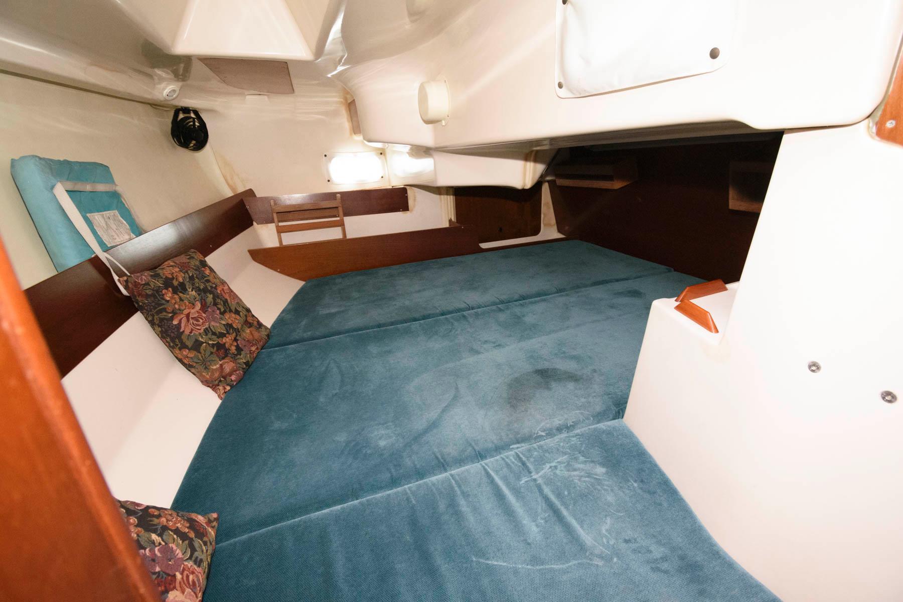 M 6513 VR Knot 10 Yacht Sales