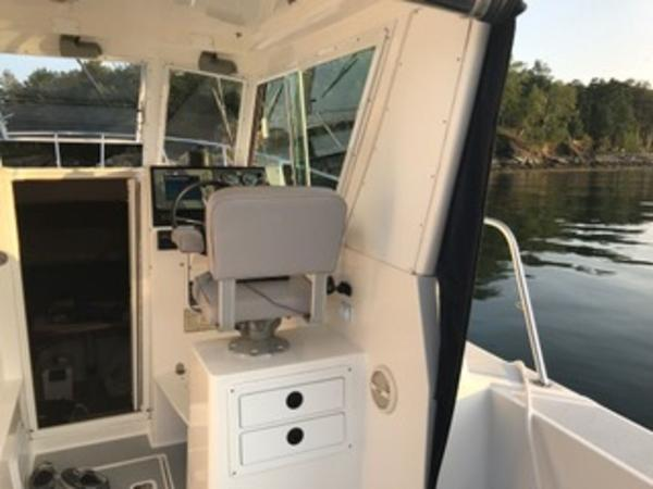 2004 Albin Yachts boat for sale, model of the boat is 28' Tournament & Image # 18 of 36