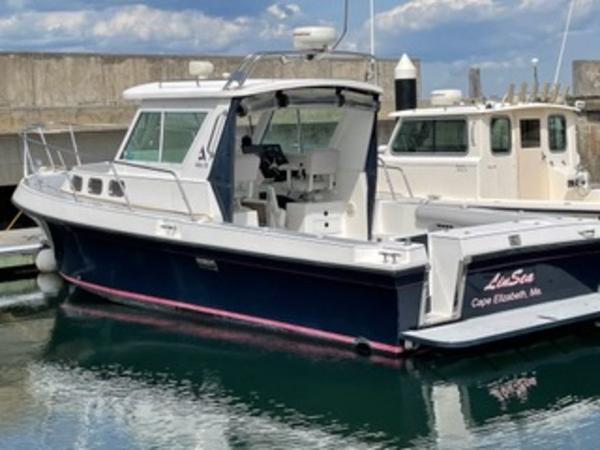 2004 Albin Yachts boat for sale, model of the boat is 28' Tournament & Image # 26 of 36