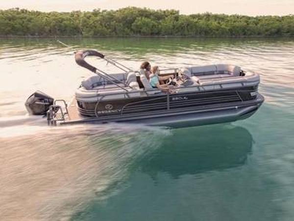 2020 Regency boat for sale, model of the boat is 230 LE3 & Image # 1 of 1