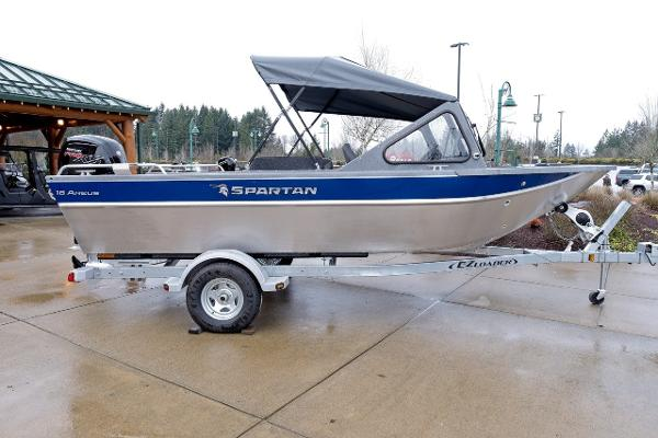 2019 Spartan boat for sale, model of the boat is 18 Areus & Image # 1 of 15