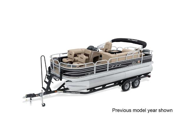 2022 Sun Tracker boat for sale, model of the boat is Fishin' Barge 20 DLX & Image # 1 of 3