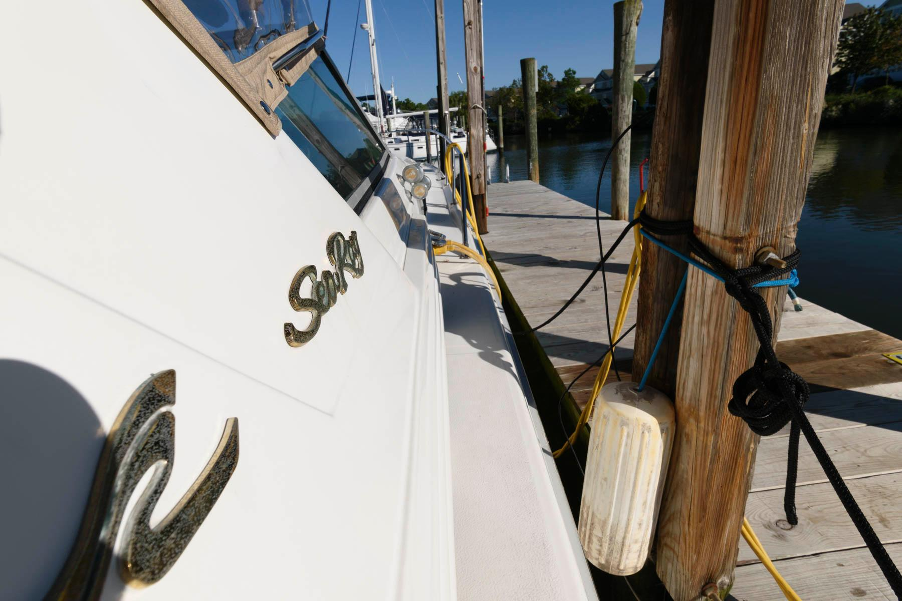 M 5778 RD Knot 10 Yacht Sales