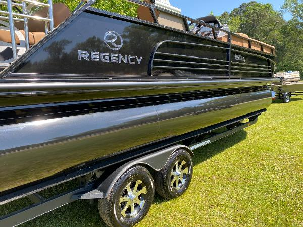 2021 Regency boat for sale, model of the boat is 250 LE3 Sport & Image # 76 of 84