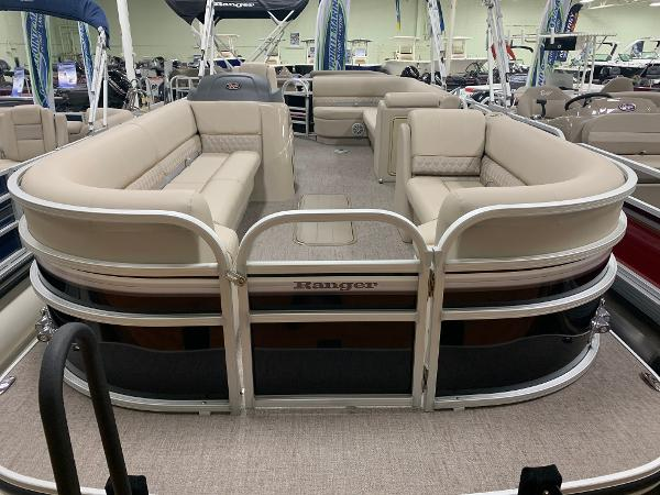 2021 Ranger Boats boat for sale, model of the boat is 223 CRUISE TRI TOON & Image # 3 of 21