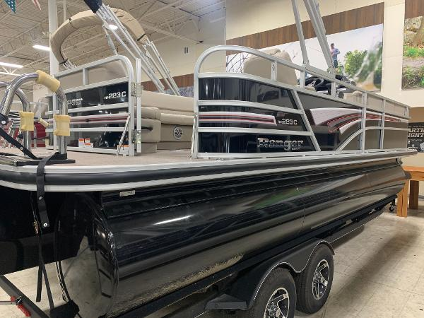 2021 Ranger Boats boat for sale, model of the boat is 223 CRUISE TRI TOON & Image # 19 of 21
