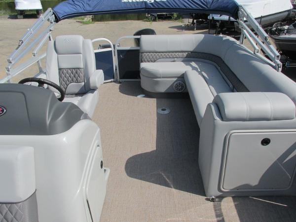 2021 Ranger Boats boat for sale, model of the boat is 223 CRUISE TRI TOON & Image # 3 of 22