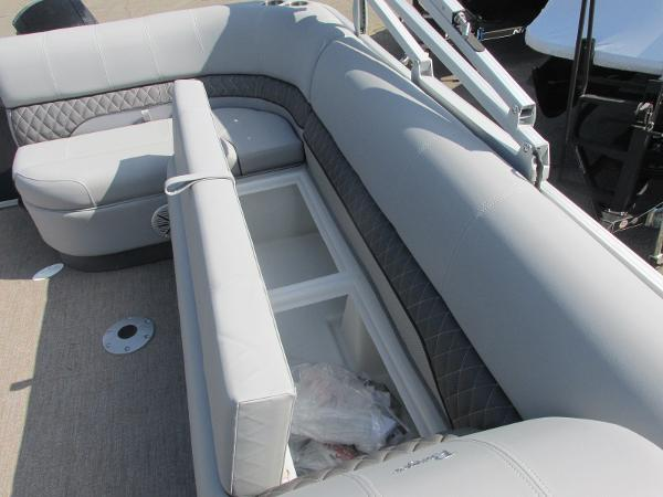 2021 Ranger Boats boat for sale, model of the boat is 223 CRUISE TRI TOON & Image # 4 of 22