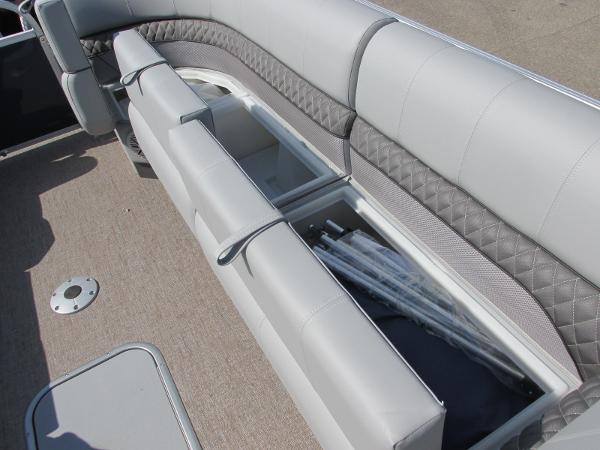 2021 Ranger Boats boat for sale, model of the boat is 223 CRUISE TRI TOON & Image # 20 of 22
