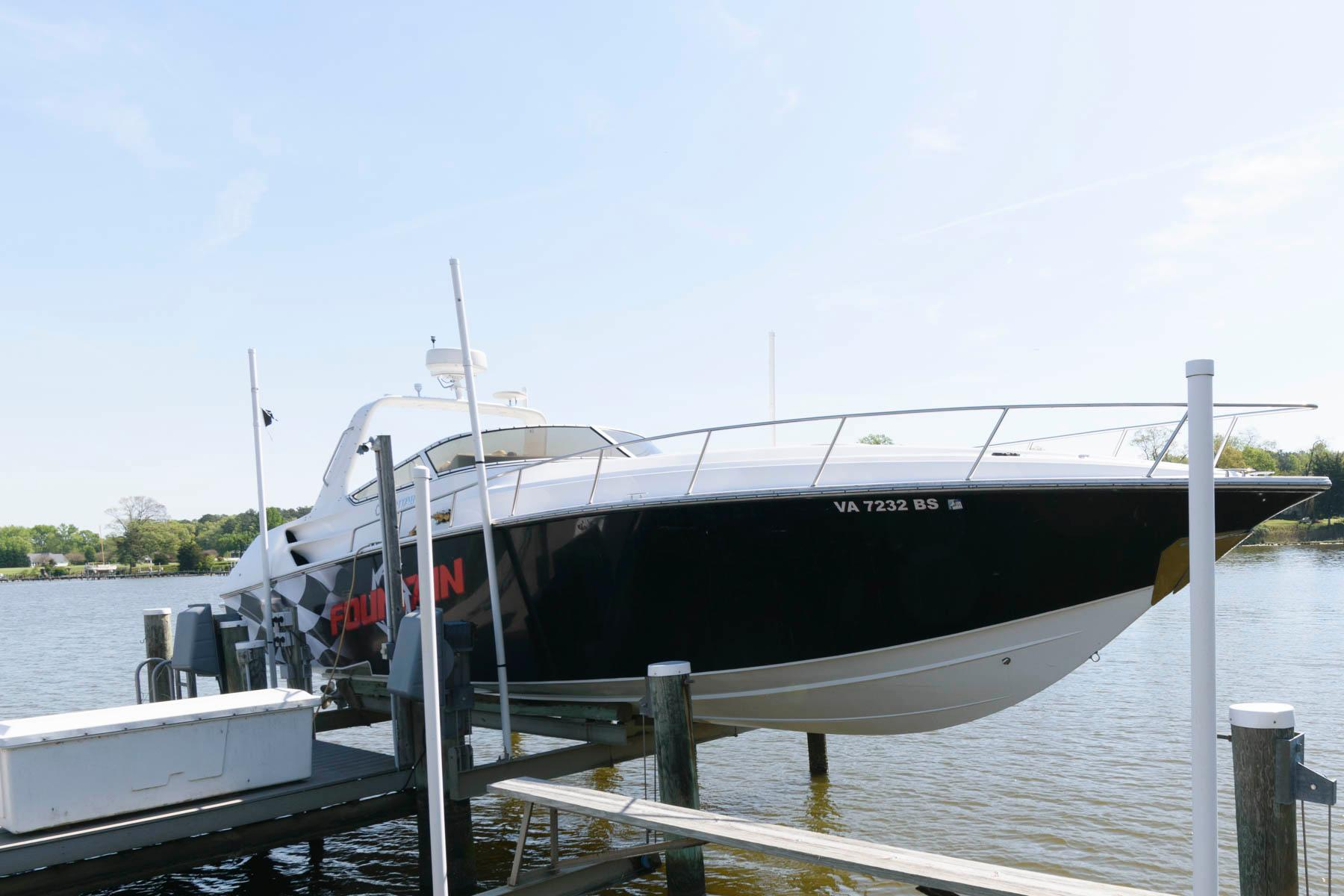 V 5946 BH Knot 10 Yacht Sales