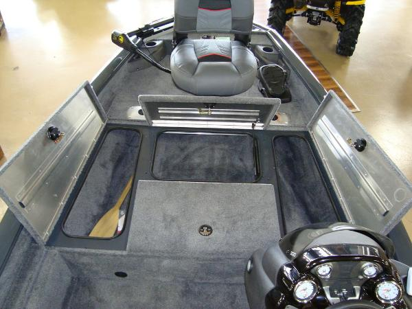 2021 Tracker Boats boat for sale, model of the boat is Pro Team 175 TF® & Image # 8 of 17