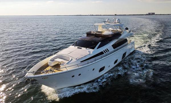 2012 Ferretti Yachts F800