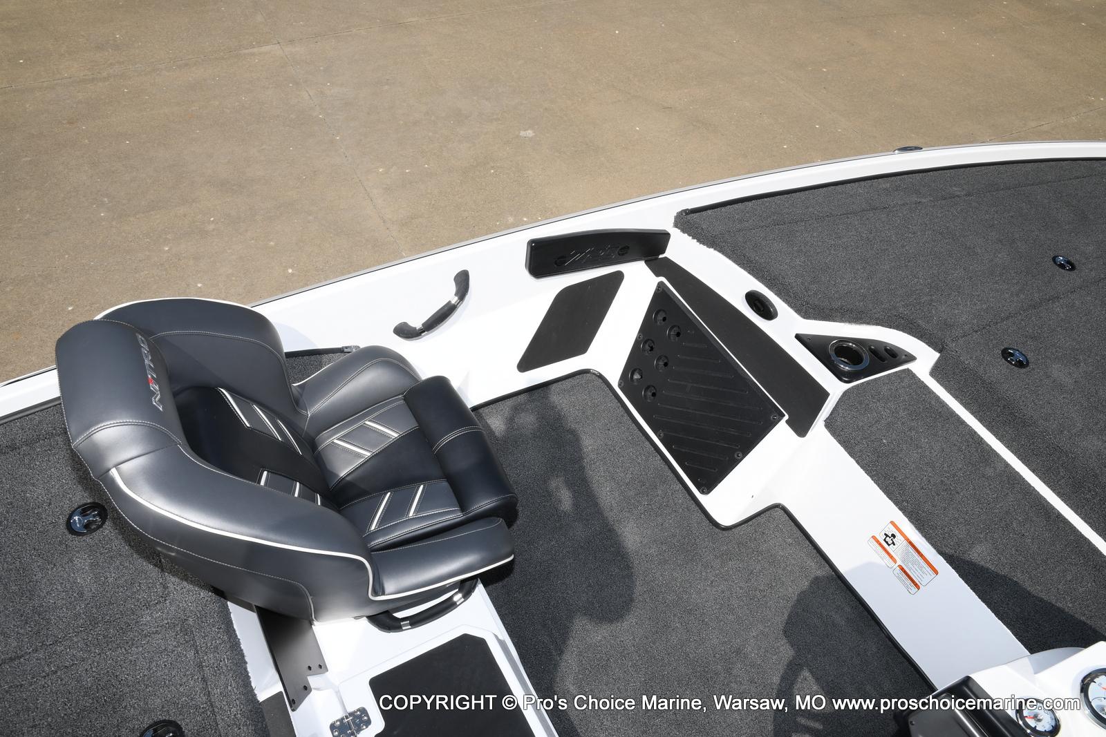 2021 Nitro boat for sale, model of the boat is Z20 & Image # 10 of 50