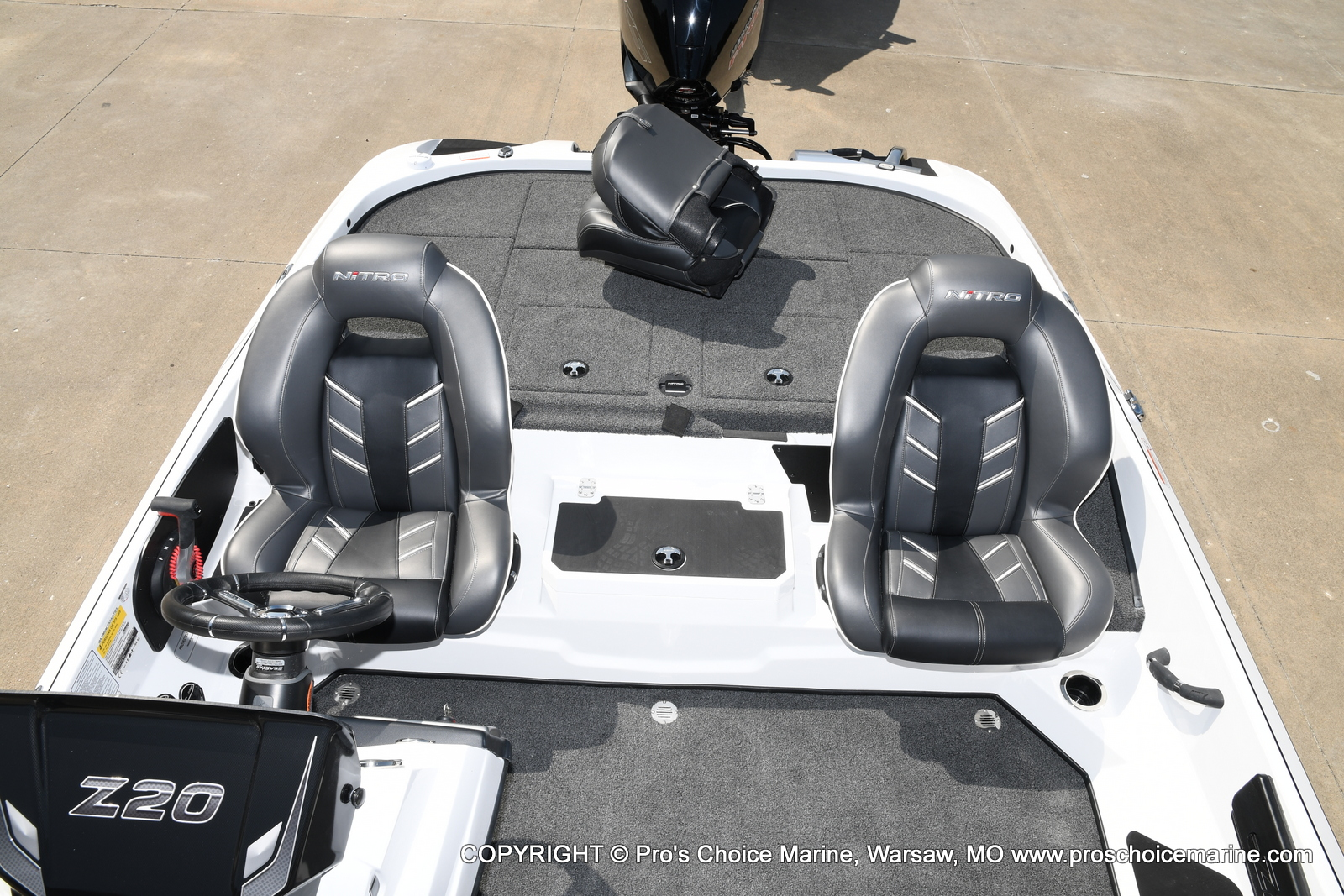 2021 Nitro boat for sale, model of the boat is Z20 & Image # 12 of 50