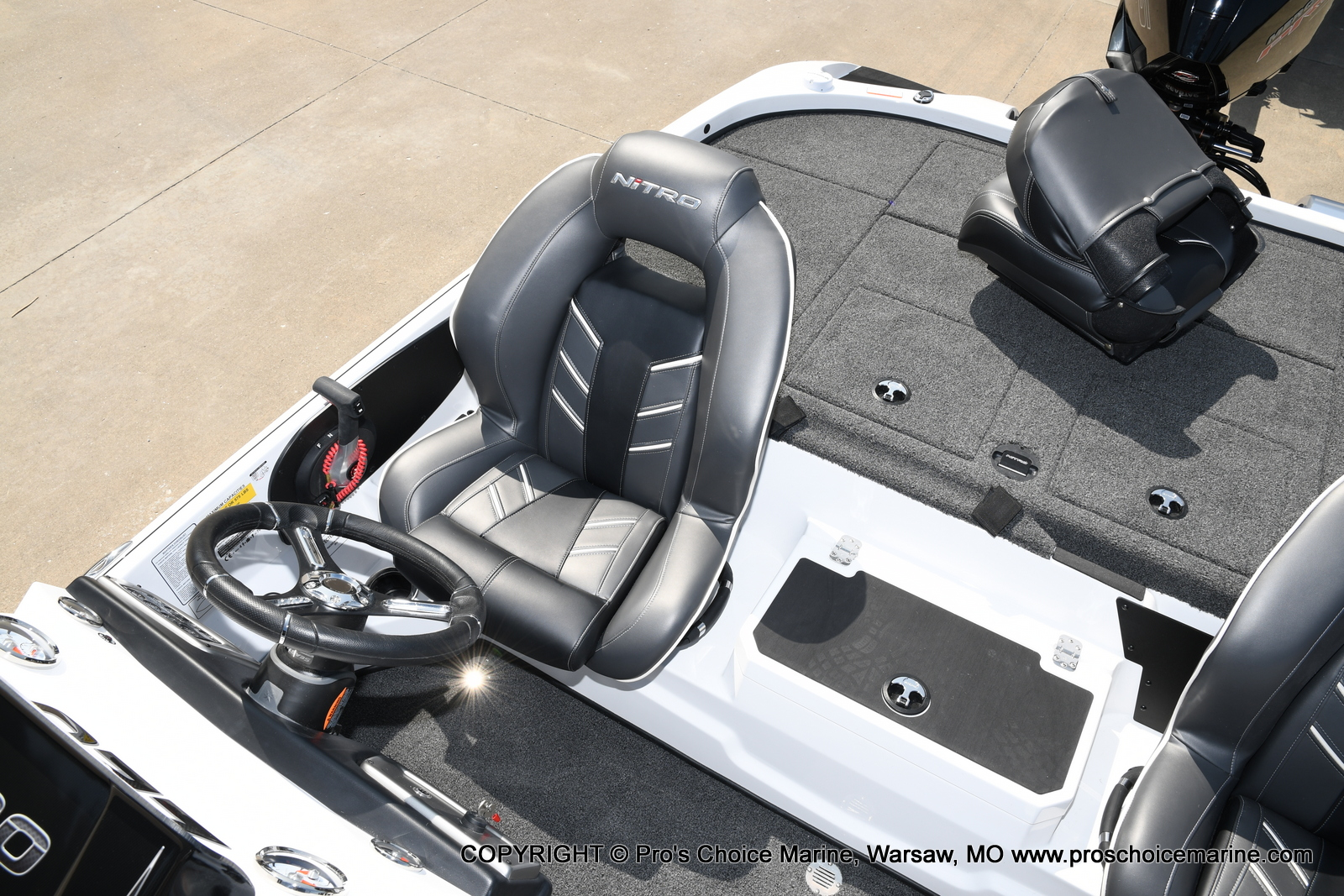 2021 Nitro boat for sale, model of the boat is Z20 & Image # 13 of 50