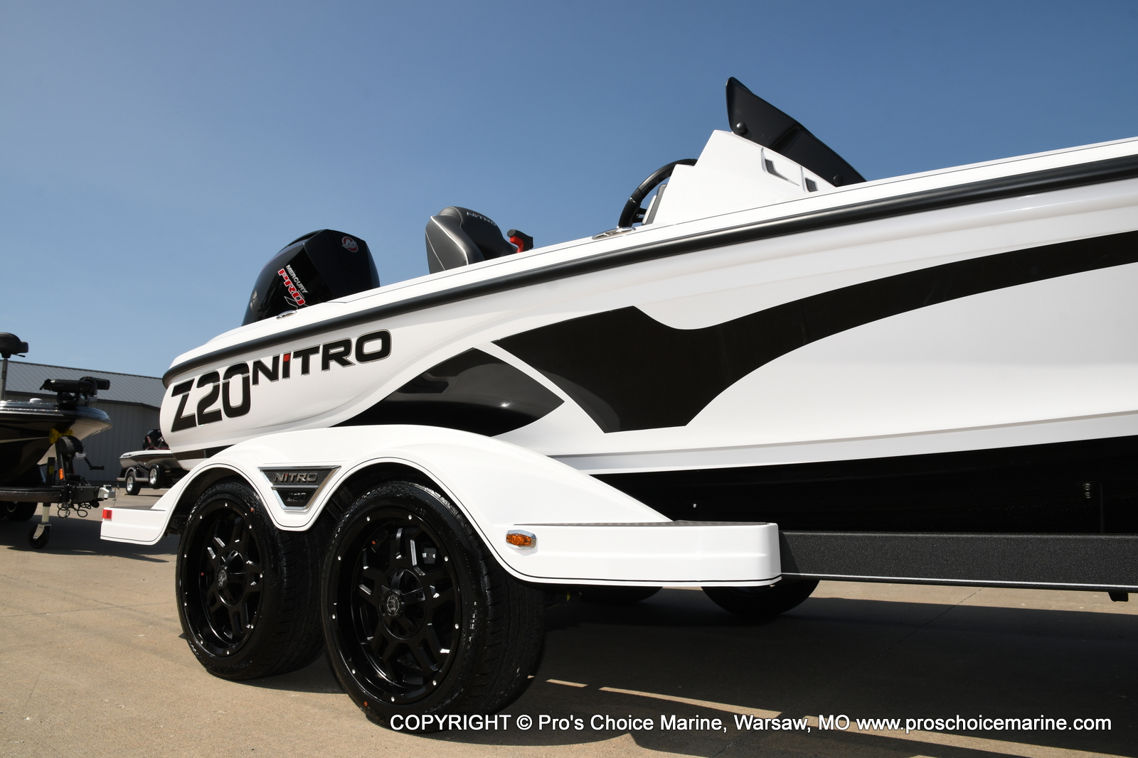 2021 Nitro boat for sale, model of the boat is Z20 & Image # 2 of 50