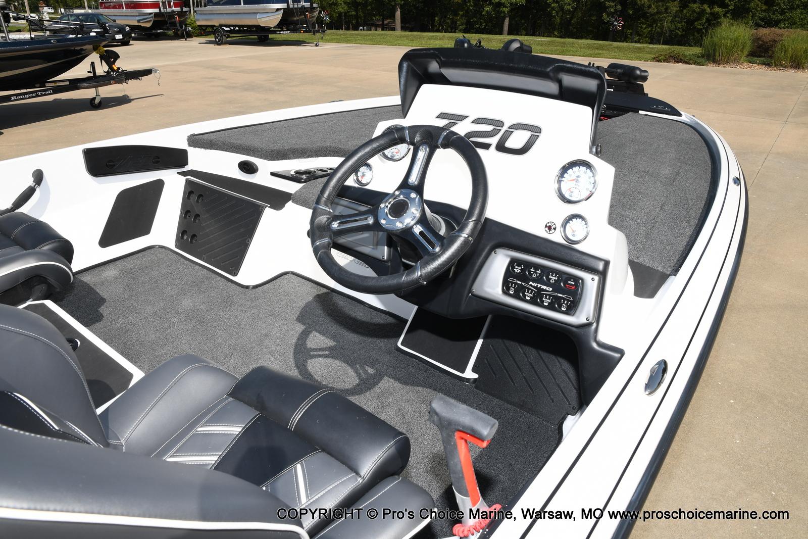 2021 Nitro boat for sale, model of the boat is Z20 & Image # 21 of 50
