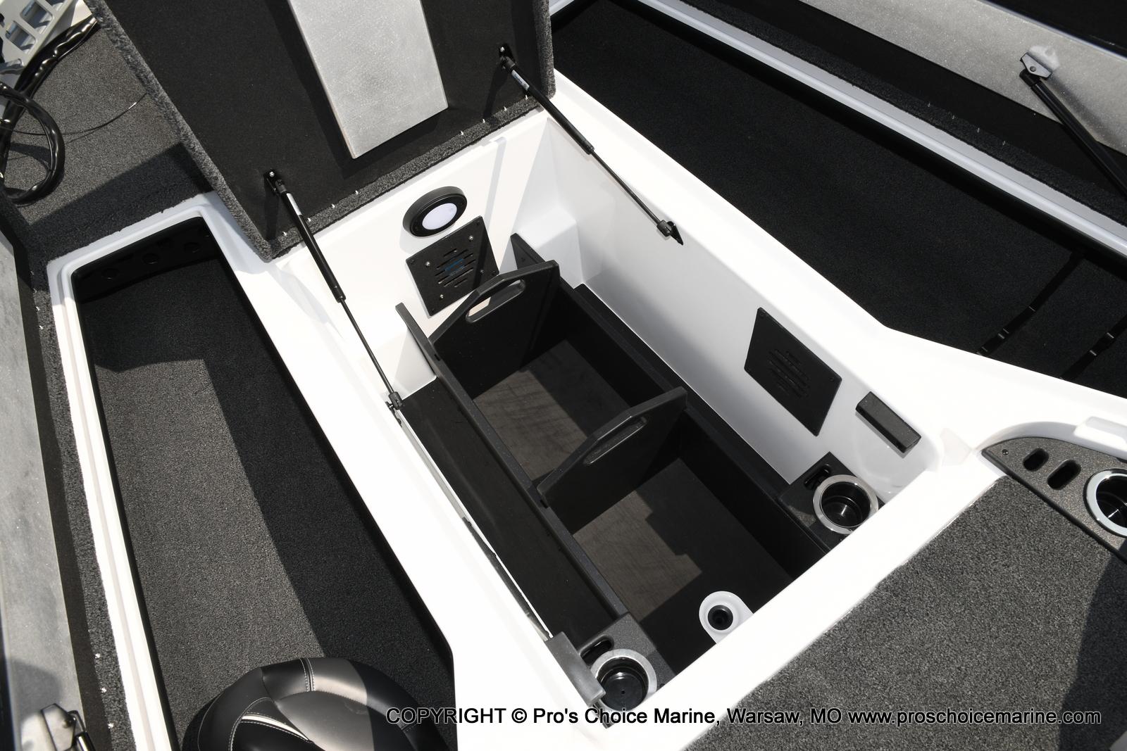 2021 Nitro boat for sale, model of the boat is Z20 & Image # 23 of 50