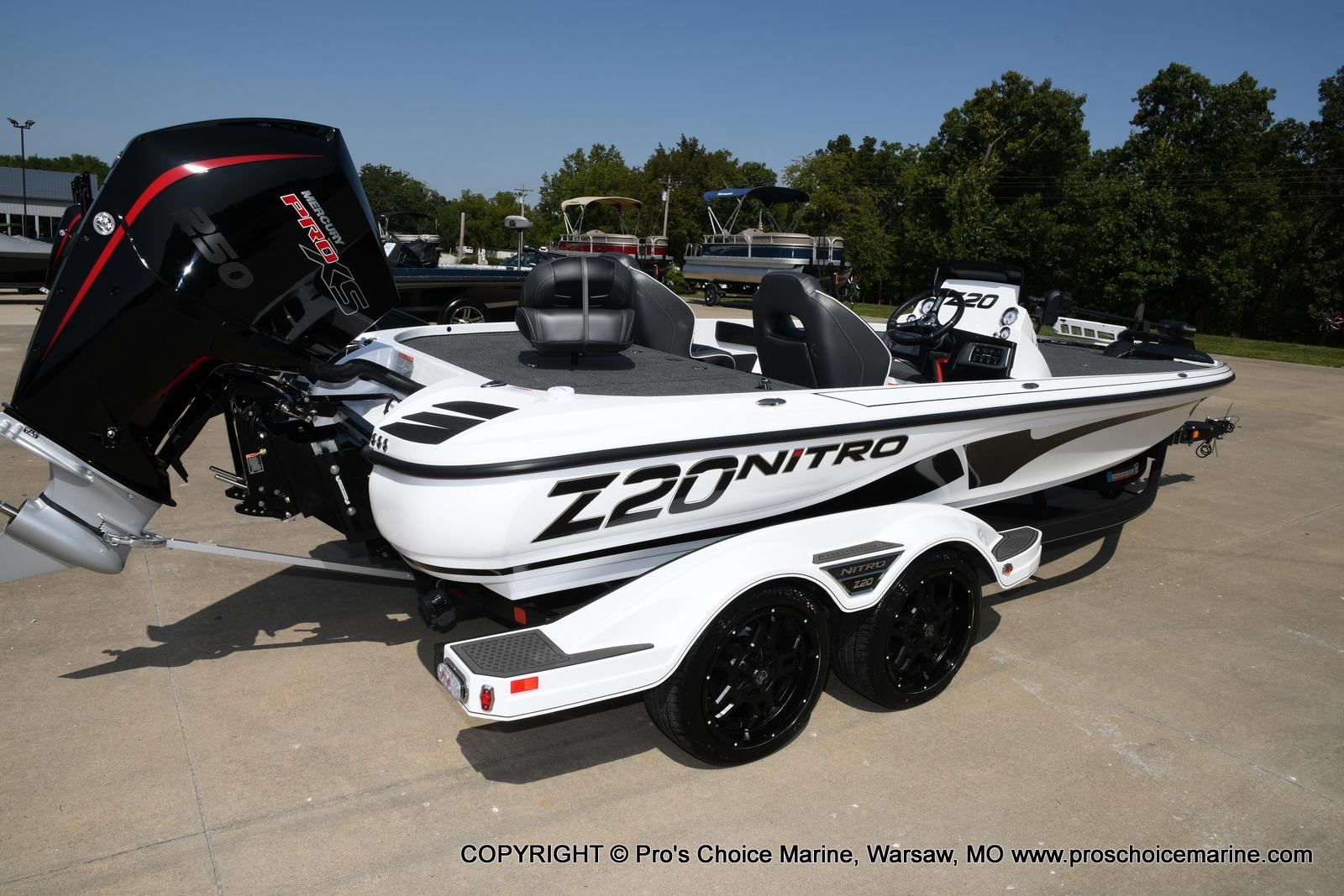 2021 Nitro boat for sale, model of the boat is Z20 & Image # 3 of 50