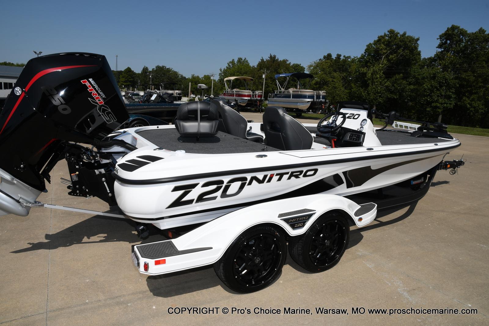 2021 Nitro boat for sale, model of the boat is Z20 & Image # 4 of 50