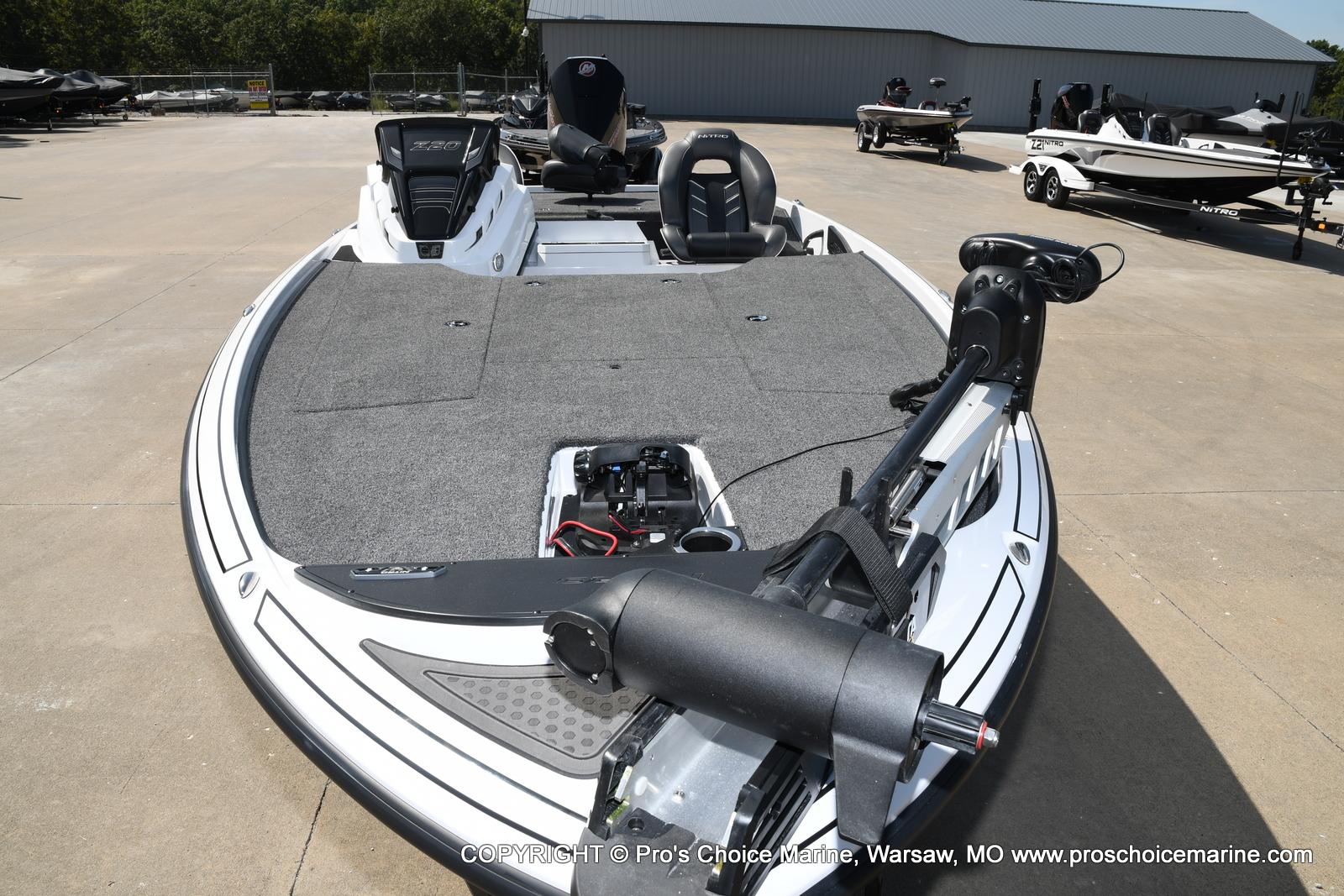2021 Nitro boat for sale, model of the boat is Z20 & Image # 41 of 50
