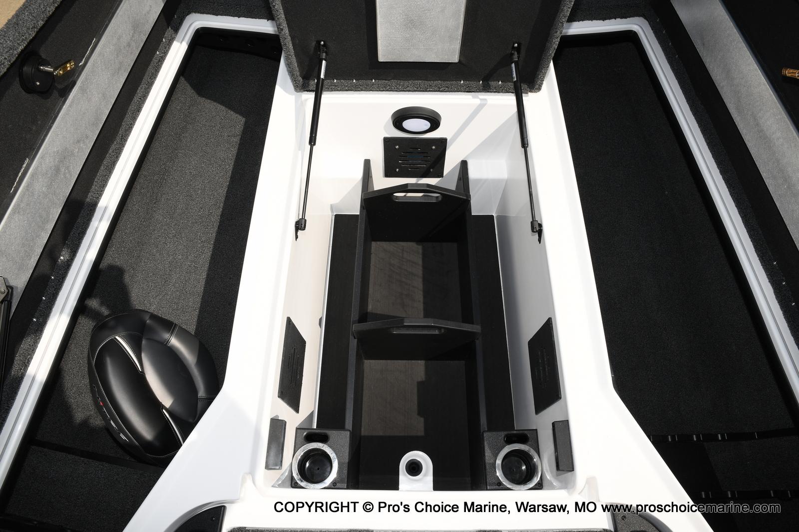 2021 Nitro boat for sale, model of the boat is Z20 & Image # 48 of 50
