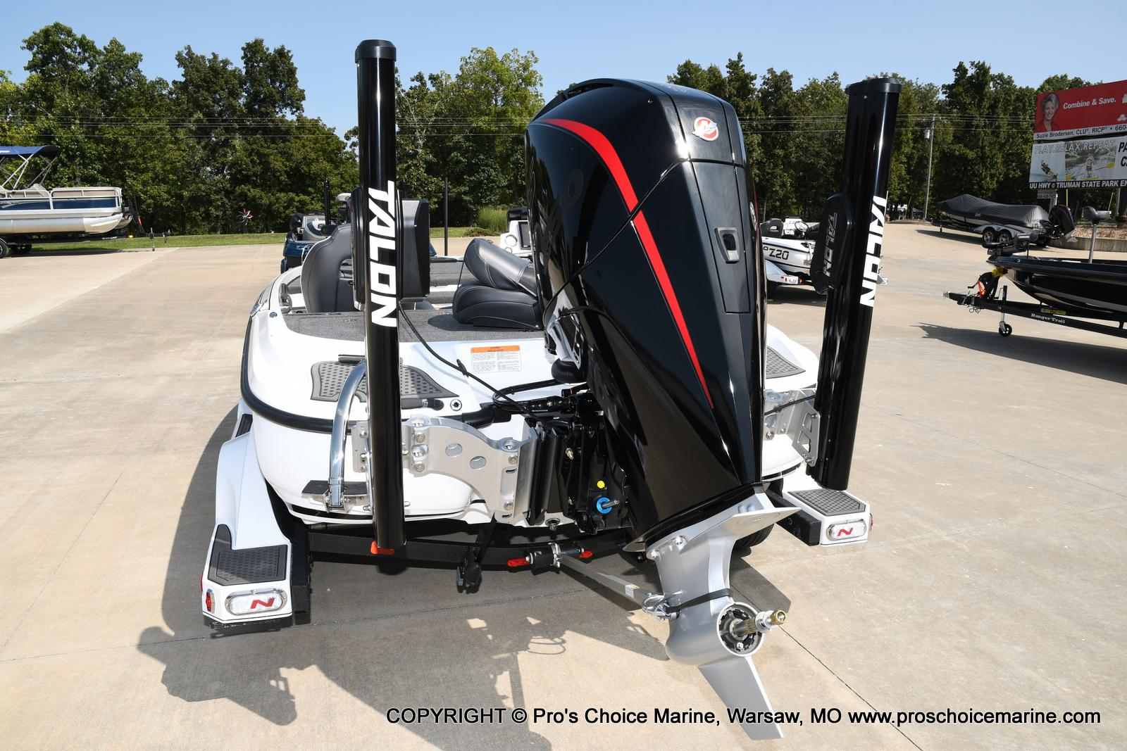 2021 Nitro boat for sale, model of the boat is Z21 Pro Package & Image # 16 of 50