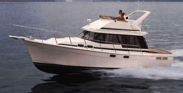 Bayliner 3288 Motoryacht - Manufacturer Provided Image