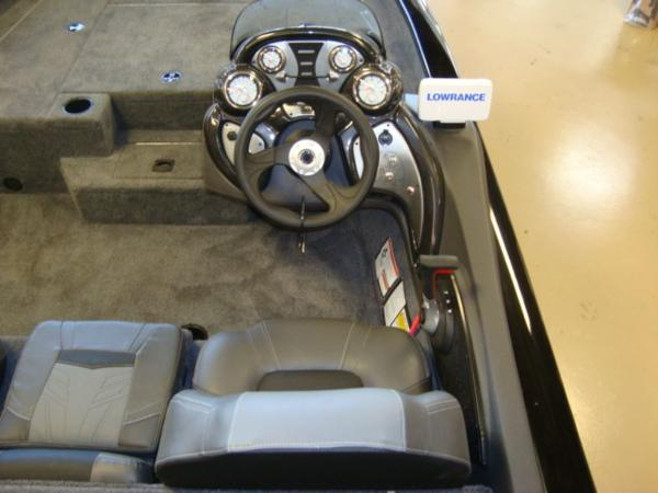 2021 Tracker Boats boat for sale, model of the boat is Pro Team 175 TXW® & Image # 9 of 16