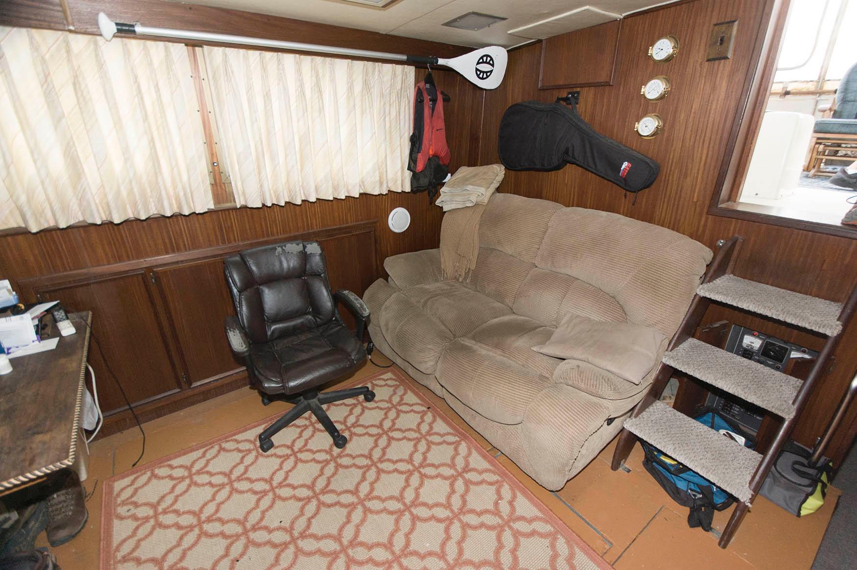 NJ 5671 DM Knot 10 Yacht Sales