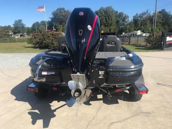 2021 Nitro boat for sale, model of the boat is Z18 & Image # 5 of 13