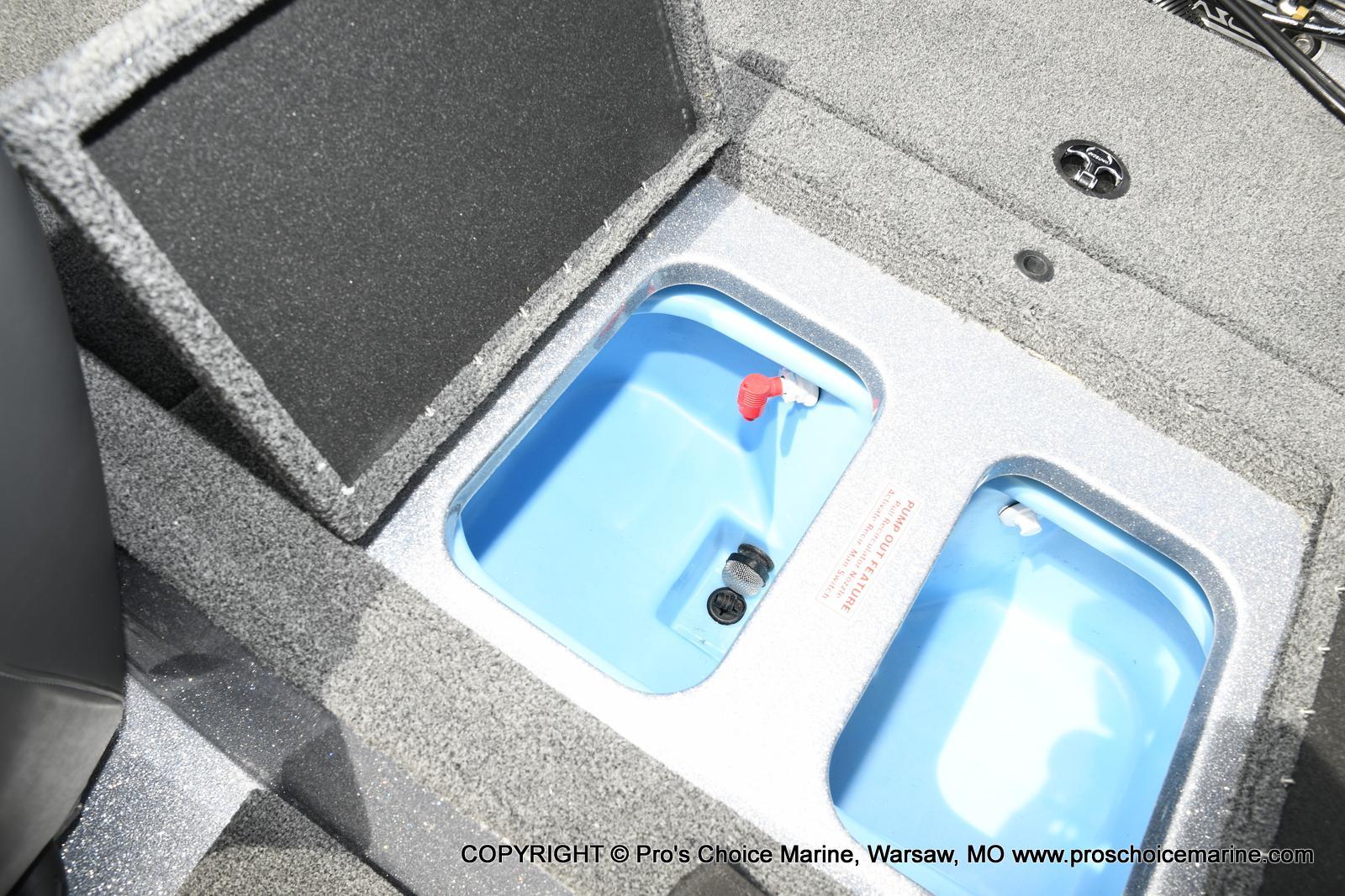 2021 Nitro boat for sale, model of the boat is Z18 & Image # 11 of 50