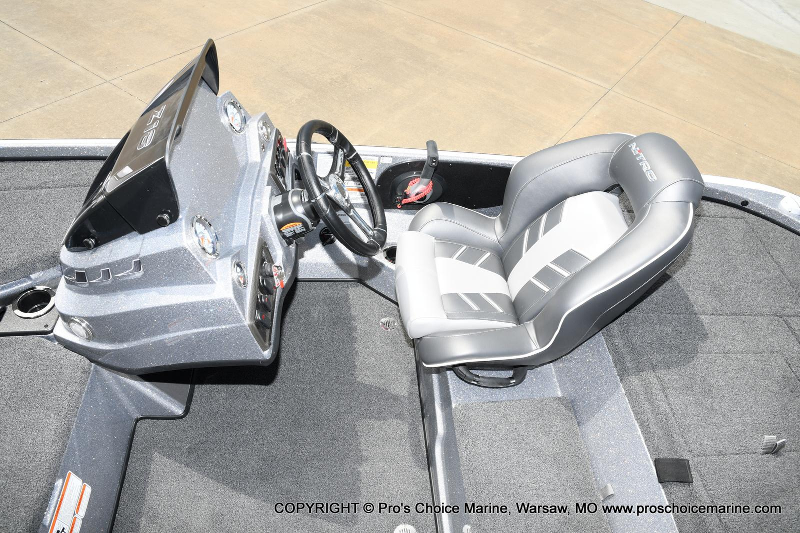 2021 Nitro boat for sale, model of the boat is Z18 & Image # 35 of 50