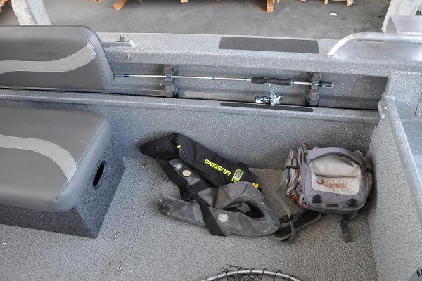 2019 Spartan boat for sale, model of the boat is 18 Areus & Image # 14 of 15