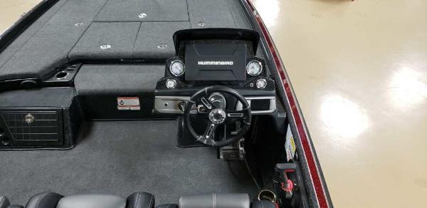 2021 Nitro boat for sale, model of the boat is Z21 & Image # 8 of 22