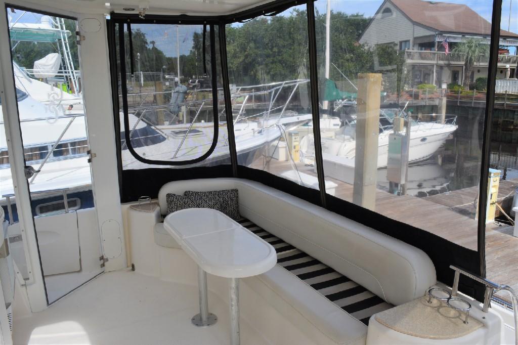 Meridian 459 Motoryacht - Aft Deck to Starboard
